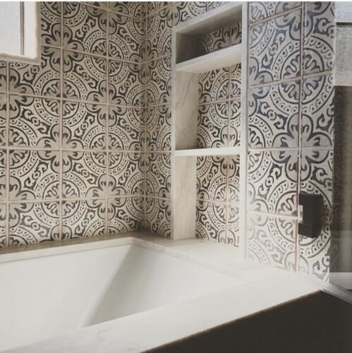 Tub Wall Soap Niche Detail